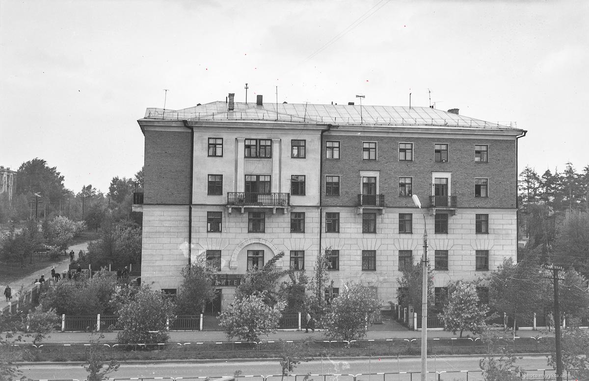 Улица Островского, Выкса.