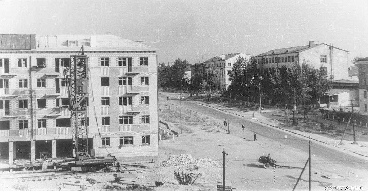 Строительство на улице Красные Зори. Выкса