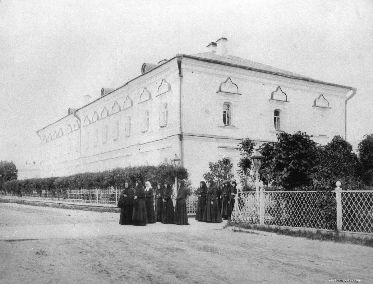 Игуменский корпус. Иверский выксунский женский монастырь. Выкса