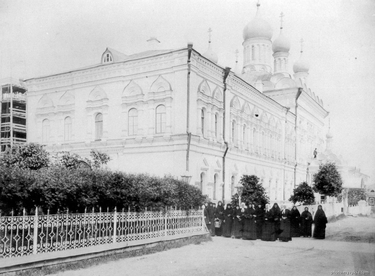 Успенская церковь с запада. Выкса