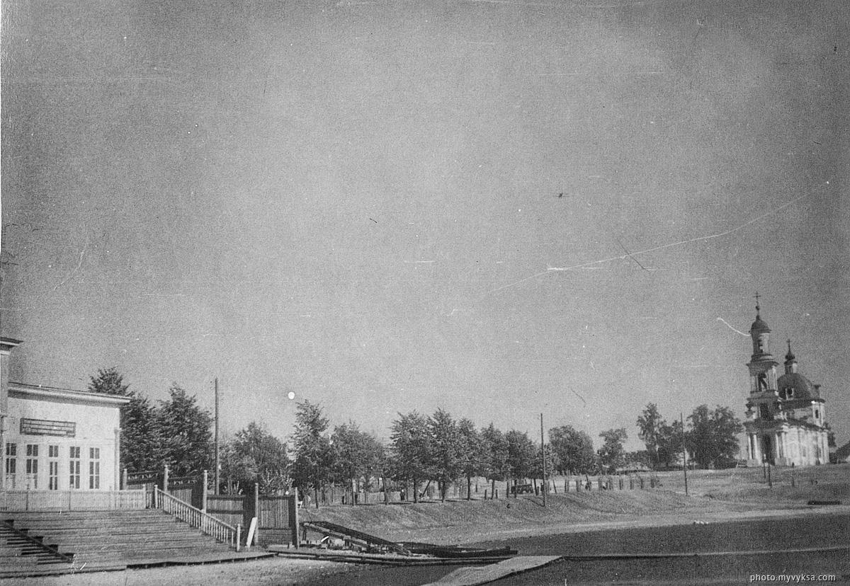 На берегу Верхнего пруда — фото старой Выксы