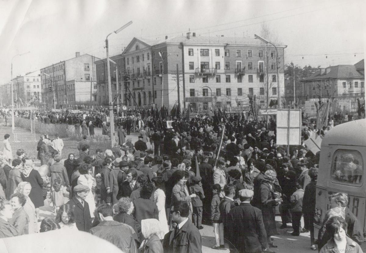 Первомайская демонстрация в Выксе