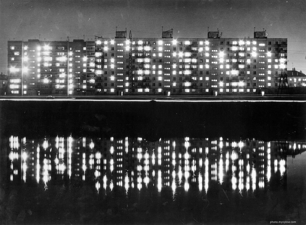 Межонский пруд ночью. Выкса — фото старой Выксы