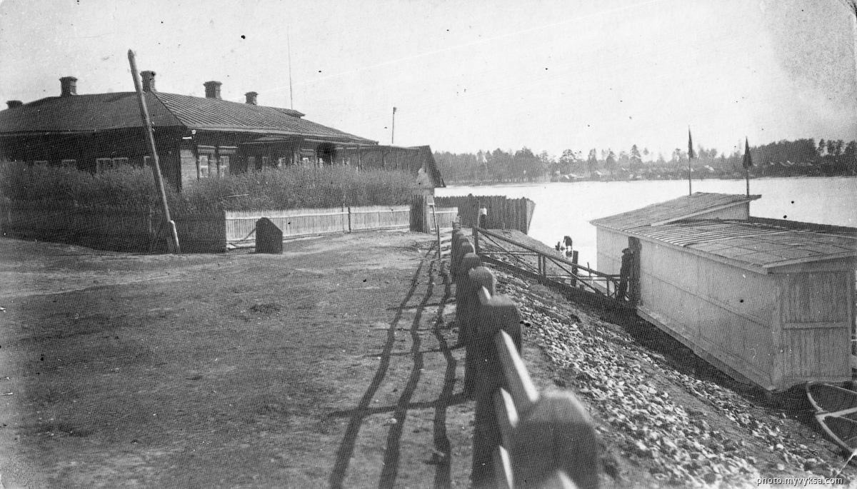 Берег Верхнего пруда. Выкса — фото старой Выксы