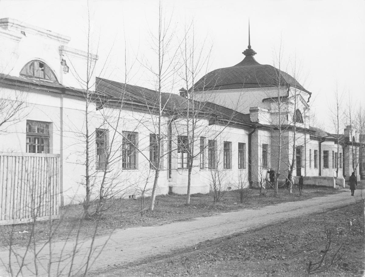 Здание роддома в Выксе.