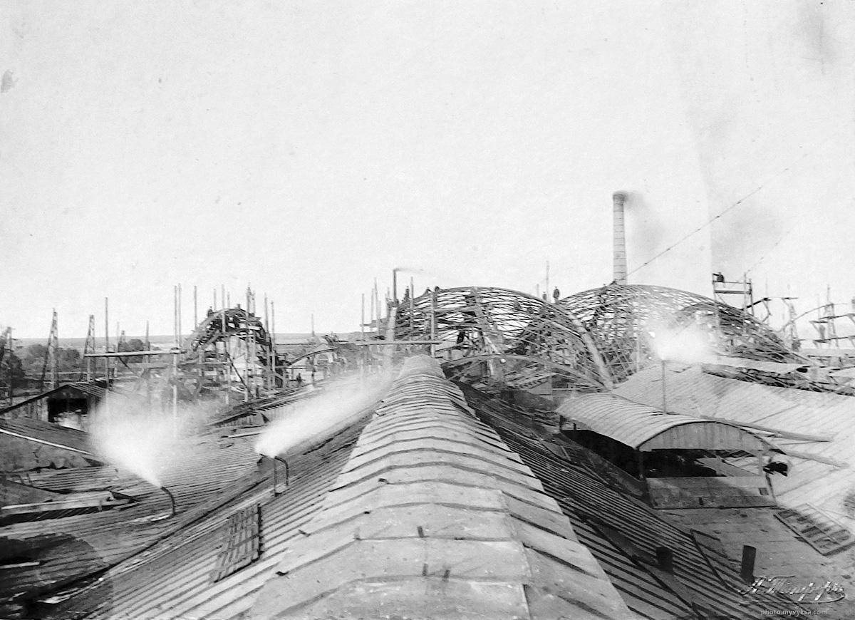Строительство листопрокатного цеха по проекту Шухова. Боковой вид с правой стороны. Выкса, 4 сентября 1898 г. — фото старой Выксы