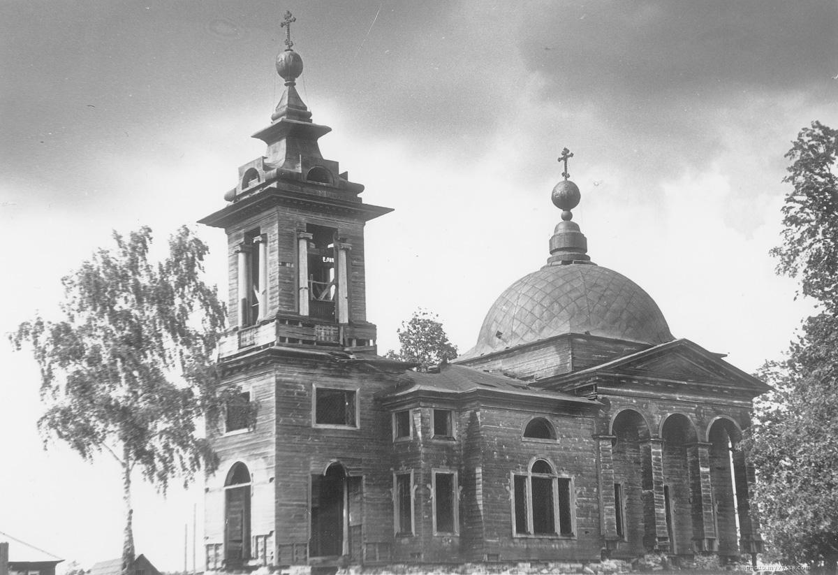 Церковь в Сноведи