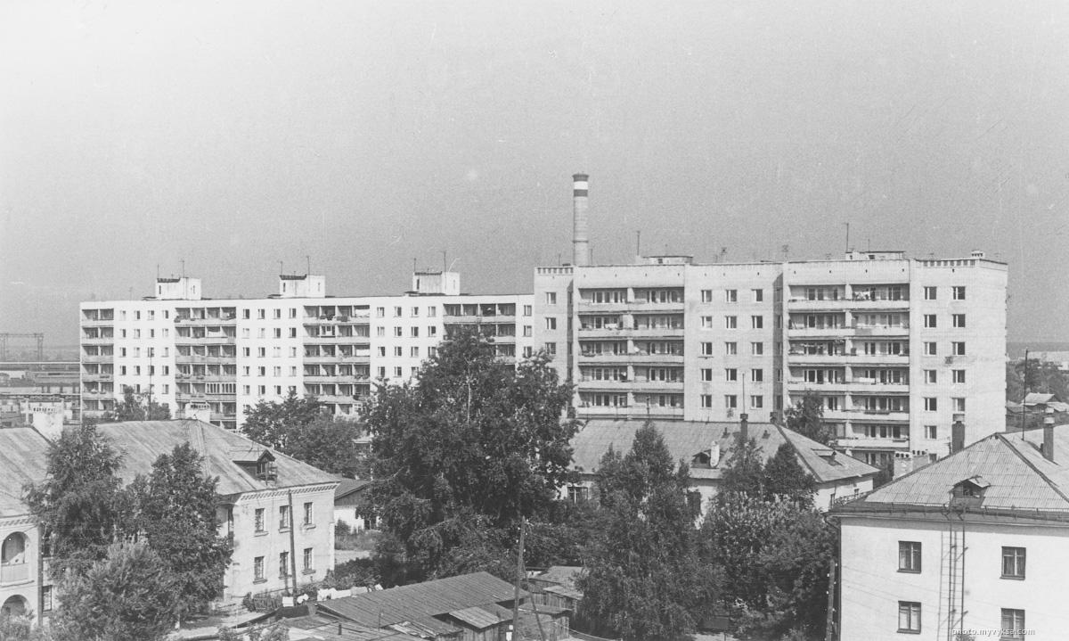 9-ти этажные дома на улице Пушкина. Выкса — фото старой Выксы