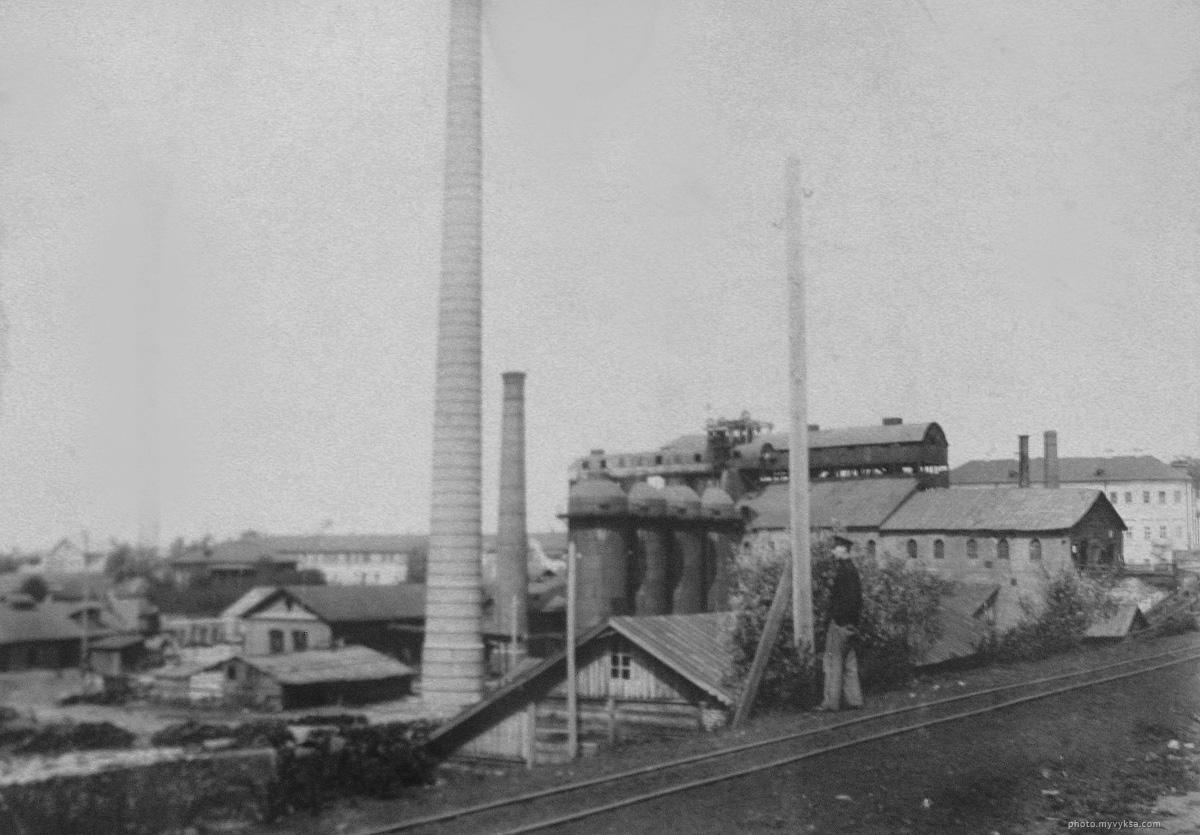 Верхний завод, вид с дамбы. Выкса — фото старой Выксы